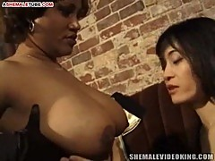 Ebony hole for asian tranny