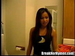 Beautiful asian sabrine maui takes the load in her mouth at