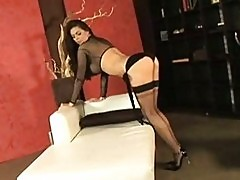 Horny wild Tera Patrick exposes her meaty bags to tease ever...