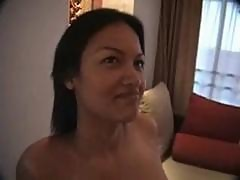 Thai girl with big tits likes boomboom